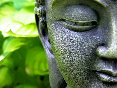 https://mytreetv.files.wordpress.com/2011/02/buddha-green.jpg?w=300