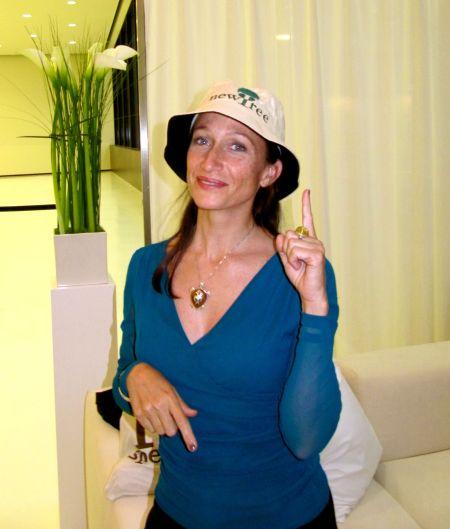 Céline Cousteau www.celinecousteau.com/