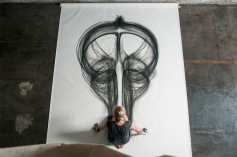 Physical-Movement-Translated-into-Symetrical-Drawings-4