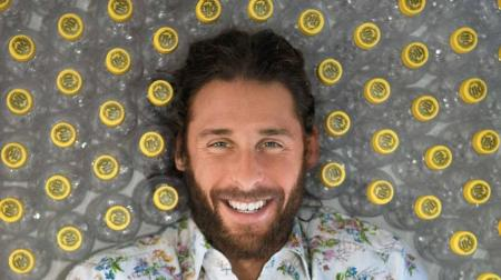 http://kids.nationalgeographic.com/explore/explorers/interview-with-david-de-rothschild/#david-de-rothschild-002.jpg